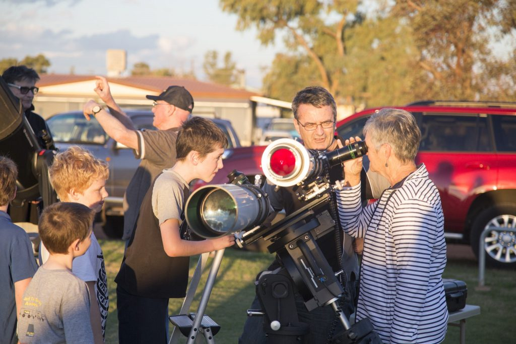 Observing the Sun at Mount Magnet Astrofest.