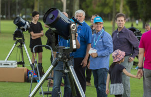 Perth Observatory and Australia's biggest community astronomy event win stellar award
